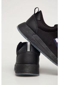 Czarne buty sportowe Tommy Jeans na średnim obcasie, z cholewką, na sznurówki, z okrągłym noskiem