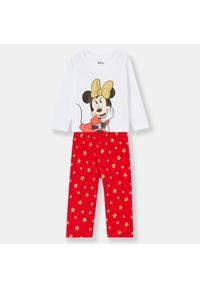 Czerwona piżama Sinsay z motywem z bajki