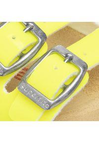 Żółte klapki Superfit klasyczne