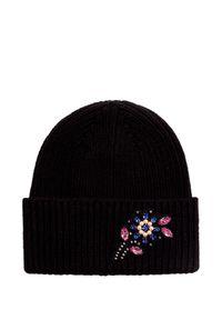 Czarna czapka Markus Lupfer z aplikacjami, na zimę