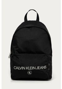 Czarny plecak Calvin Klein Jeans z nadrukiem