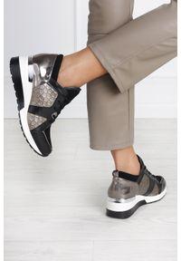 Kati - Czarne sneakersy kati buty sportowe sznurowane polska skóra 7023. Kolor: czarny. Materiał: skóra