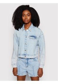 NA-KD Kurtka jeansowa 1660-000538-0047-581 Niebieski Regular Fit. Kolor: niebieski. Materiał: jeans