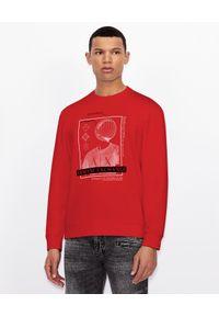 Armani Exchange - ARMANI EXCHANGE - Czerwona bluza z haftowanym logo. Okazja: na co dzień. Kolor: czarny. Materiał: dresówka, jeans, bawełna. Długość rękawa: długi rękaw. Długość: długie. Wzór: haft. Styl: casual, klasyczny, elegancki