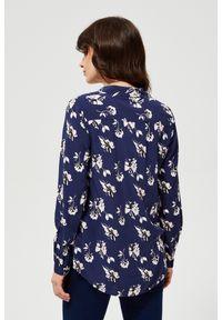 MOODO - Koszula w kwiaty. Materiał: wiskoza. Długość rękawa: długi rękaw. Długość: długie. Wzór: kwiaty