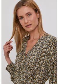 only - Only - Sukienka. Kolor: żółty. Materiał: tkanina. Długość rękawa: długi rękaw. Typ sukienki: rozkloszowane