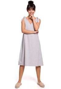 Szara sukienka rozkloszowana MOE midi