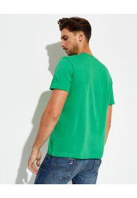 Lacoste - LACOSTE - Zielony t-shirt z elastycznej bawełny Regular Fit. Kolor: zielony. Materiał: bawełna