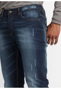 Dżinsy ze stretchem Slim Fit Straight bonprix niebieski denim. Kolor: niebieski. Wzór: aplikacja