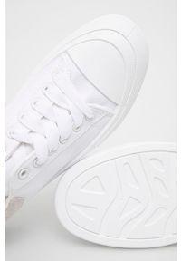 Answear Lab - Tenisówki Malien. Nosek buta: okrągły. Zapięcie: sznurówki. Kolor: biały. Obcas: na platformie. Styl: wakacyjny