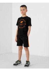 4f - Spodenki dresowe chłopięce. Kolor: czarny. Materiał: dresówka. Styl: sportowy