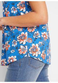 Top bawełniany z nadrukiem i ozdobnym elementem w dekolcie bonprix lazurowy w kwiaty. Kolor: niebieski. Materiał: bawełna. Wzór: kwiaty, nadruk