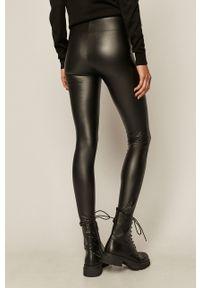 Czarne legginsy medicine z podwyższonym stanem