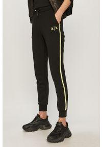 Czarne spodnie dresowe Armani Exchange gładkie