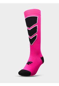 4f - Skarpety narciarskie damskie. Kolor: różowy. Materiał: włókno. Sport: narciarstwo