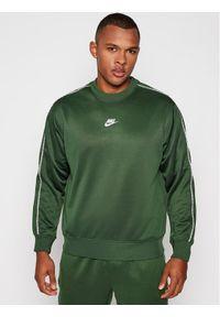 Nike Bluza Sportswear CZ7824 Zielony Standard Fit. Kolor: zielony