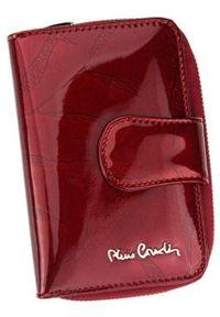 Portfel damski Pierre Cardin 02 LEAF 115 CZERWONY. Kolor: czerwony. Materiał: skóra. Wzór: aplikacja