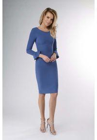 Nommo - Chabrowa Wizytowa Sukienka Ołówkowa z Falbanką. Kolor: niebieski. Materiał: wiskoza, poliester. Typ sukienki: ołówkowe. Styl: wizytowy