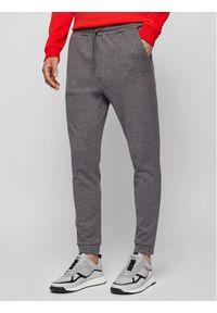 BOSS - Boss Spodnie dresowe Hadiko 50441275 Szary Regular Fit. Kolor: szary. Materiał: dresówka