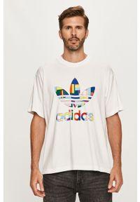 Biały t-shirt adidas Originals casualowy, z okrągłym kołnierzem, na co dzień