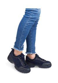 Niebieskie buty sportowe N/M trekkingowe, w kolorowe wzory