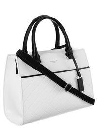 DAVID JONES - Pikowany biały kuferek David Jones 6516-3 WHITE. Kolor: biały. Materiał: skórzane. Styl: elegancki