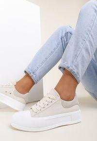 Renee - Beżowe Trampki Sthostaido. Kolor: beżowy. Materiał: jeans, dresówka, materiał, guma. Szerokość cholewki: normalna. Obcas: na platformie. Styl: sportowy