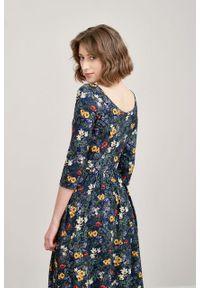 Marie Zélie - Sukienka Limosa Lucida granatowa. Kolor: niebieski. Materiał: wiskoza, dzianina, materiał, elastan. Długość: midi