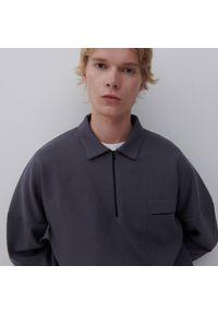 Reserved - Bluza z kołnierzem - Szary. Kolor: szary