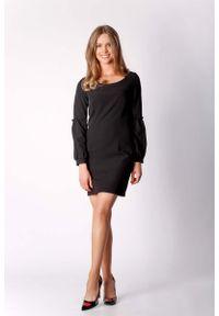 Czarna sukienka wizytowa Nommo z klasycznym kołnierzykiem, klasyczna, mini