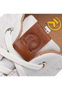 Krisbut - Sneakersy KRISBUT - 5276-3-9 Biały. Okazja: na co dzień. Kolor: biały. Materiał: skóra ekologiczna, materiał. Szerokość cholewki: normalna