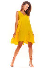 Awama - Żółta Luźna Sukienka bez Rękawów z Falbanką. Kolor: żółty. Materiał: wiskoza, elastan. Długość rękawa: bez rękawów