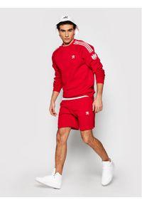 Adidas - adidas Bluza Loungewear adicolor 3D Trefoil 3-Stripes GN3544 Czerwony Regular Fit. Kolor: czerwony