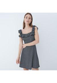 Mohito - Sukienka z kwadratowym dekoltem - Czarny. Typ kołnierza: dekolt kwadratowy. Kolor: czarny