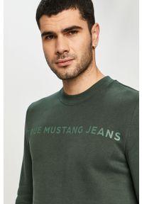 Zielona bluza nierozpinana Mustang bez kaptura, z nadrukiem