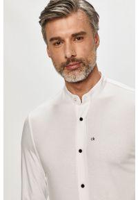 Biała koszula Calvin Klein ze stójką, z długim rękawem, casualowa, długa