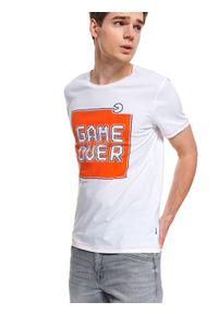 Biały t-shirt TOP SECRET z nadrukiem, na lato, krótki