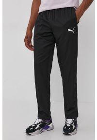 Czarne spodnie dresowe Puma gładkie
