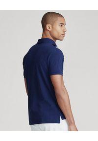 Ralph Lauren - RALPH LAUREN - Granatowy t-shirt polo Classic Fit. Okazja: na co dzień. Typ kołnierza: polo. Kolor: niebieski. Materiał: bawełna, prążkowany. Wzór: haft. Styl: klasyczny, casual