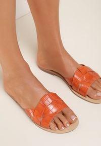 Renee - Pomarańczowe Klapki Tharaseseus. Kolor: pomarańczowy