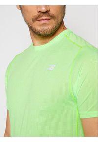Zielona koszulka sportowa New Balance do biegania