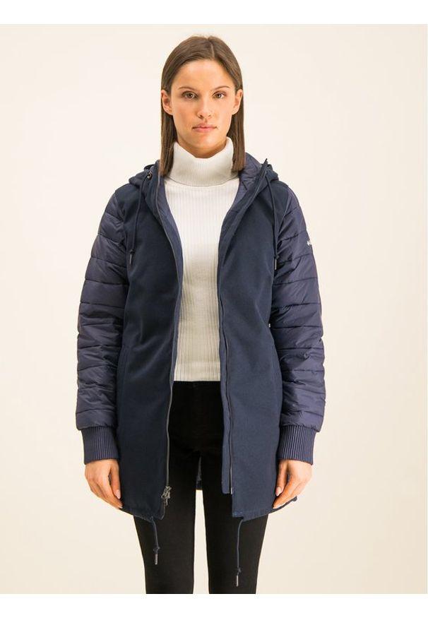 Niebieska kurtka zimowa columbia