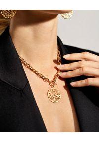 MOKOBELLE - Naszyjnik łańcuch z rozetą Mokobelle i ozdobnym zapięciem. Materiał: srebrne, pozłacane. Kolor: złoty. Wzór: ażurowy