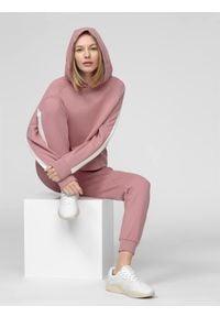 4f - Spodnie dresowe damskie. Kolor: różowy. Materiał: dresówka