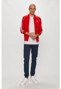 Czerwona bluza rozpinana adidas Originals z aplikacjami, na co dzień