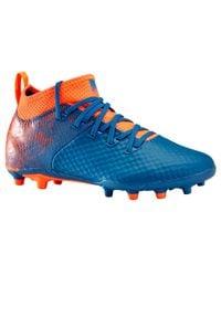 KIPSTA - Buty do piłki nożnej Agility 900 mesh FG dla dzieci. Nosek buta: okrągły. Kolor: turkusowy, pomarańczowy, niebieski, czerwony, wielokolorowy. Materiał: mesh. Szerokość cholewki: normalna. Sport: piłka nożna
