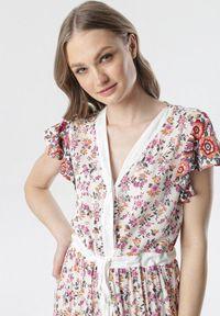 Born2be - Biało-Różowa Sukienka Limokea. Kolor: biały. Wzór: jednolity, kwiaty, gładki. Długość: maxi