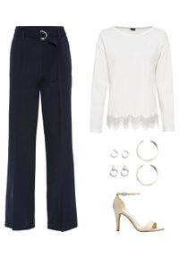 Biały sweter bonprix w koronkowe wzory