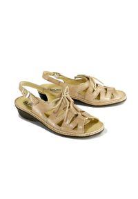 Sandały Suave na sznurówki