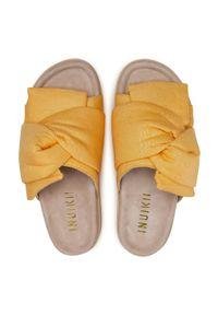 Żółte klapki Inuikii